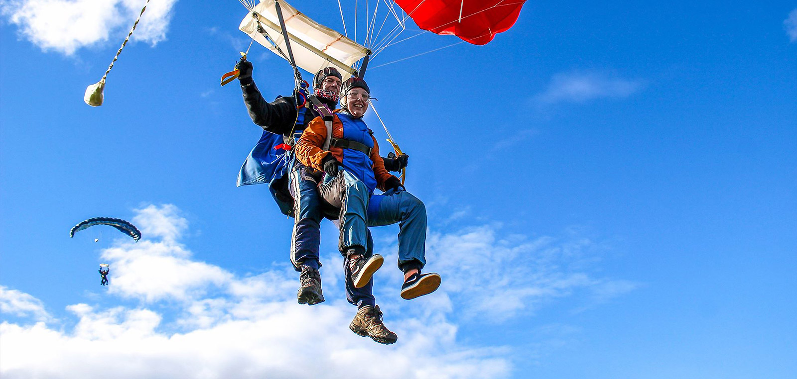 What height does the parachute open?